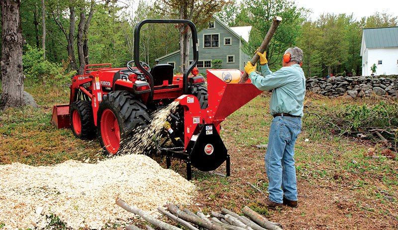 How to use a wood chipper shredder