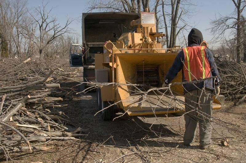 Wood chipper safety tips